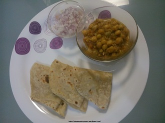 Spicy Chole with Naan