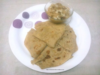 dum aloo with butter roti